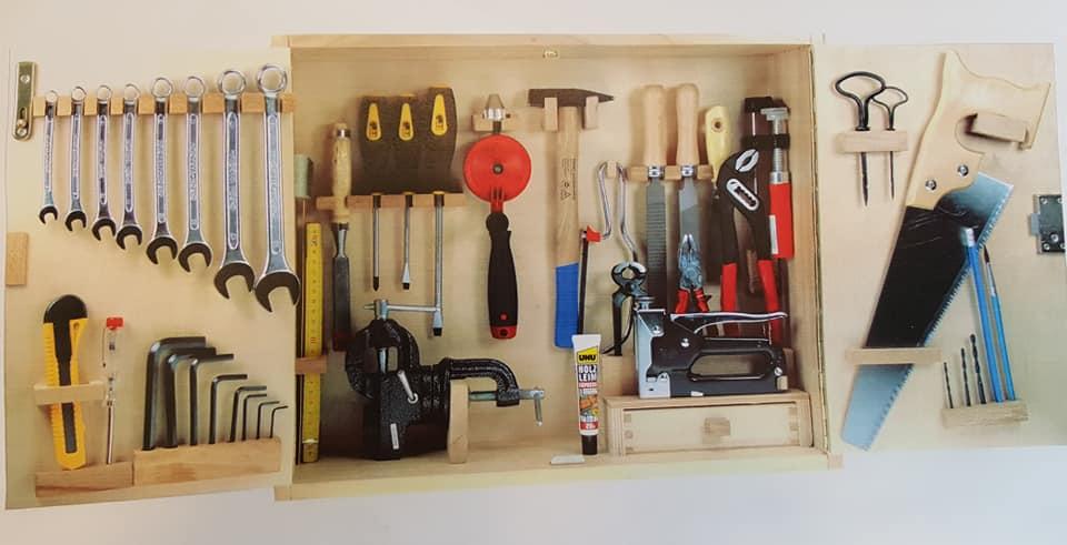 Für den kleinen Handwerker: Werkzeugschrank